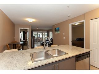 Photo 12: 424 8915 202 Street in Langley: Walnut Grove Condo for sale : MLS®# R2215824