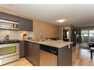 Photo 11: 424 8915 202 Street in Langley: Walnut Grove Condo for sale : MLS®# R2215824