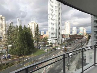 """Photo 10: 604 4900 LENNOX Lane in Burnaby: Metrotown Condo for sale in """"PARK METROTOWN"""" (Burnaby South)  : MLS®# R2222258"""