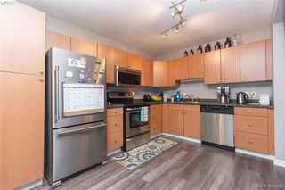 Photo 7: 617 Hoylake Ave in VICTORIA: La Thetis Heights Half Duplex for sale (Langford)  : MLS®# 775869