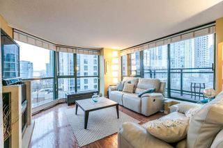 "Photo 13: 801 289 DRAKE Street in Vancouver: Yaletown Condo for sale in ""PARKVIEW TOWER"" (Vancouver West)  : MLS®# R2234032"