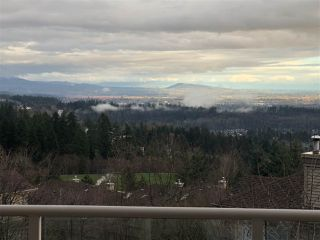 """Photo 3: 37 2979 PANORAMA Drive in Coquitlam: Westwood Plateau Townhouse for sale in """"DEERCREST"""" : MLS®# R2238055"""