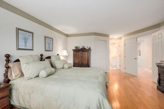 """Photo 11: 37 2979 PANORAMA Drive in Coquitlam: Westwood Plateau Townhouse for sale in """"DEERCREST"""" : MLS®# R2238055"""