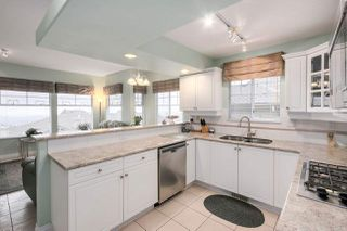 """Photo 5: 37 2979 PANORAMA Drive in Coquitlam: Westwood Plateau Townhouse for sale in """"DEERCREST"""" : MLS®# R2238055"""