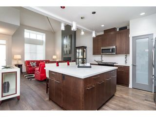 """Photo 7: 27164 35A Avenue in Langley: Aldergrove Langley House for sale in """"THE MEADOWS"""" : MLS®# R2238961"""
