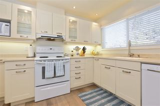 Photo 8: 2792 HOSKINS Road in North Vancouver: Westlynn Terrace House for sale : MLS®# R2242642