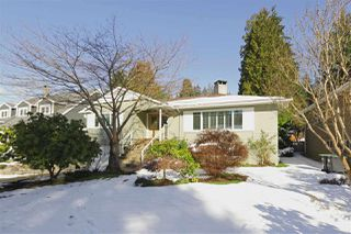Photo 1: 2792 HOSKINS Road in North Vancouver: Westlynn Terrace House for sale : MLS®# R2242642