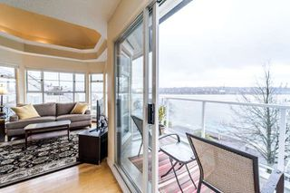 "Photo 15: 409 12 K DE K Court in New Westminster: Quay Condo for sale in ""DOCKSIDE"" : MLS®# R2246385"