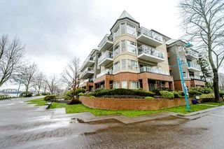 "Photo 1: 409 12 K DE K Court in New Westminster: Quay Condo for sale in ""DOCKSIDE"" : MLS®# R2246385"
