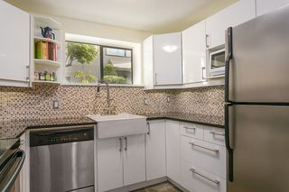 Photo 6: 1 335 W 13TH Avenue in Vancouver: Mount Pleasant VW Condo for sale (Vancouver West)  : MLS®# R2254668
