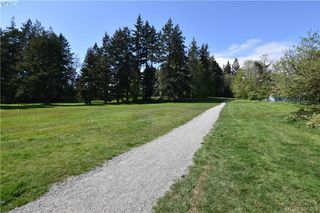 Photo 3: 113 2248 Townsend Road in SOOKE: Sk Sooke Vill Core Townhouse for sale (Sooke)  : MLS®# 391053