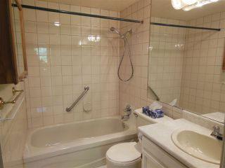 "Photo 6: 301 150 E 5 Street in North Vancouver: Lower Lonsdale Condo for sale in ""Normandy House"" : MLS®# R2265748"