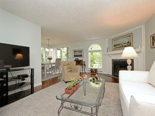 Photo 4: 202 720 Vancouver St in VICTORIA: Vi Fairfield West Condo Apartment for sale (Victoria)  : MLS®# 786446