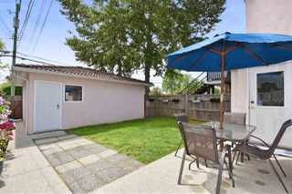 Photo 17: 528 E 44TH Avenue in Vancouver: Fraser VE House 1/2 Duplex for sale (Vancouver East)  : MLS®# R2267554