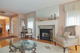 """Photo 3: 33 21848 50 Avenue in Langley: Murrayville Townhouse for sale in """"Cedar Crest"""" : MLS®# R2282232"""