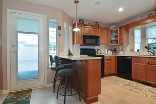 """Photo 8: 33 21848 50 Avenue in Langley: Murrayville Townhouse for sale in """"Cedar Crest"""" : MLS®# R2282232"""