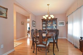"""Photo 5: 33 21848 50 Avenue in Langley: Murrayville Townhouse for sale in """"Cedar Crest"""" : MLS®# R2282232"""