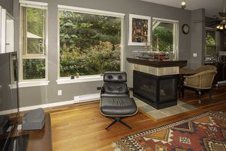 """Photo 4: 103 250 SALTER Street in New Westminster: Queensborough Condo for sale in """"Paddlers Landing"""" : MLS®# R2287298"""