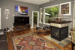 """Photo 2: 103 250 SALTER Street in New Westminster: Queensborough Condo for sale in """"Paddlers Landing"""" : MLS®# R2287298"""