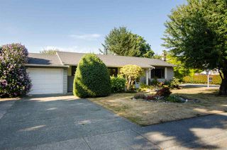 Photo 2: 5423 47 Avenue in Delta: Delta Manor House for sale (Ladner)  : MLS®# R2288023