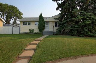 Main Photo: 16915 81 Avenue in Edmonton: Zone 22 House for sale : MLS®# E4126203
