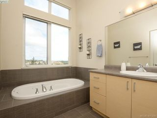 Photo 14: 2092 Greenhill Rise in VICTORIA: La Bear Mountain Townhouse for sale (Langford)  : MLS®# 401209