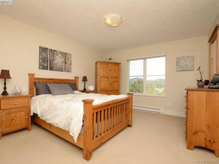 Photo 9: 2092 Greenhill Rise in VICTORIA: La Bear Mountain Townhouse for sale (Langford)  : MLS®# 401209