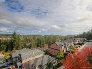 Photo 21: 2092 Greenhill Rise in VICTORIA: La Bear Mountain Townhouse for sale (Langford)  : MLS®# 401209