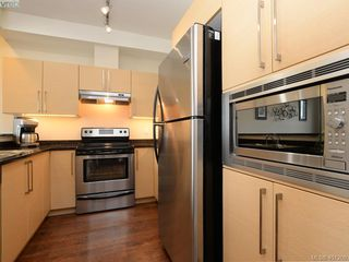 Photo 6: 2092 Greenhill Rise in VICTORIA: La Bear Mountain Townhouse for sale (Langford)  : MLS®# 401209