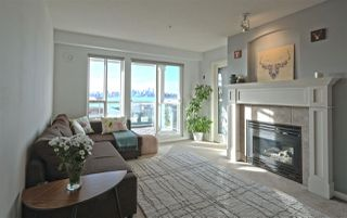 Main Photo: 311 333 E 1ST Street in North Vancouver: Lower Lonsdale Condo for sale : MLS®# R2333877