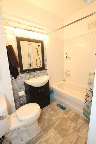 Photo 9: 5113 53 Avenue: Stony Plain House for sale : MLS®# E4142960