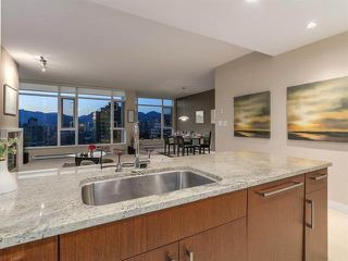 """Photo 10: 902 1333 W 11TH Avenue in Vancouver: Fairview VW Condo for sale in """"Sakura"""" (Vancouver West)  : MLS®# R2346447"""