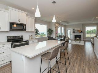 Photo 13: 4100 Chancellor Cres in COURTENAY: CV Courtenay City Single Family Detached for sale (Comox Valley)  : MLS®# 807975