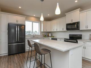 Photo 2: 4100 Chancellor Cres in COURTENAY: CV Courtenay City Single Family Detached for sale (Comox Valley)  : MLS®# 807975