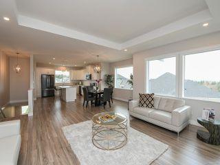 Photo 3: 4100 Chancellor Cres in COURTENAY: CV Courtenay City Single Family Detached for sale (Comox Valley)  : MLS®# 807975