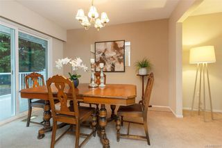 Photo 10: 7986 Wallace Dr in SAANICHTON: CS Saanichton House for sale (Central Saanich)  : MLS®# 808251