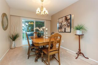 Photo 9: 7986 Wallace Dr in SAANICHTON: CS Saanichton Single Family Detached for sale (Central Saanich)  : MLS®# 808251