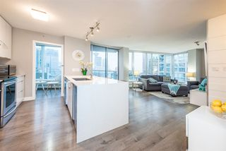 "Photo 4: 1903 188 KEEFER Place in Vancouver: Downtown VW Condo for sale in ""ESPANA"" (Vancouver West)  : MLS®# R2347994"