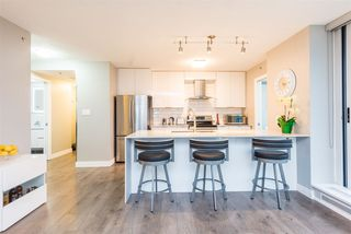 "Photo 7: 1903 188 KEEFER Place in Vancouver: Downtown VW Condo for sale in ""ESPANA"" (Vancouver West)  : MLS®# R2347994"