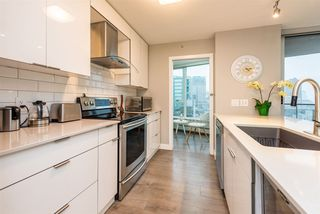 "Photo 5: 1903 188 KEEFER Place in Vancouver: Downtown VW Condo for sale in ""ESPANA"" (Vancouver West)  : MLS®# R2347994"