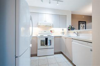"""Photo 5: 606 1277 NELSON Street in Vancouver: West End VW Condo for sale in """"1277 NELSON"""" (Vancouver West)  : MLS®# R2348692"""