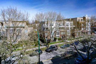 """Photo 14: 402 2130 W 12 Avenue in Vancouver: Kitsilano Condo for sale in """"ARBUTUS WEST TERRACE"""" (Vancouver West)  : MLS®# R2349932"""