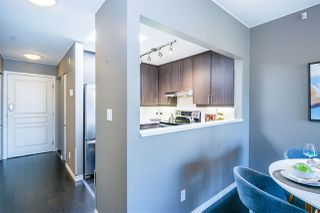 """Photo 5: 402 2130 W 12 Avenue in Vancouver: Kitsilano Condo for sale in """"ARBUTUS WEST TERRACE"""" (Vancouver West)  : MLS®# R2349932"""