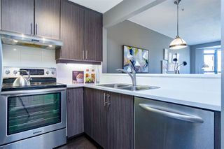 """Photo 4: 402 2130 W 12 Avenue in Vancouver: Kitsilano Condo for sale in """"ARBUTUS WEST TERRACE"""" (Vancouver West)  : MLS®# R2349932"""
