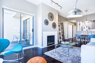 """Photo 11: 402 2130 W 12 Avenue in Vancouver: Kitsilano Condo for sale in """"ARBUTUS WEST TERRACE"""" (Vancouver West)  : MLS®# R2349932"""