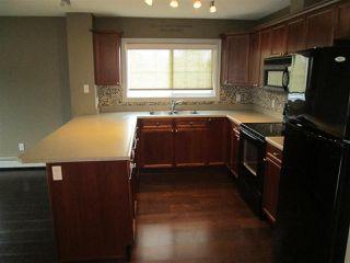 Photo 3: 101 15211 139 Street in Edmonton: Zone 27 Condo for sale : MLS®# E4149661