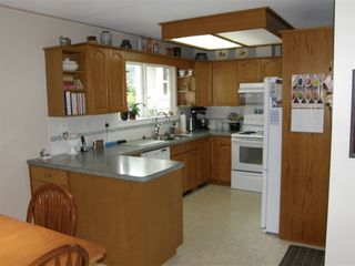 Photo 3: 532 RUPERT Street in Hope: Hope Center House for sale : MLS®# R2356462