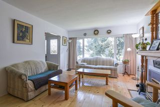 """Photo 4: 8633 10TH AVE. Avenue in Burnaby: The Crest House for sale in """"The Crest"""" (Burnaby East)  : MLS®# R2356569"""