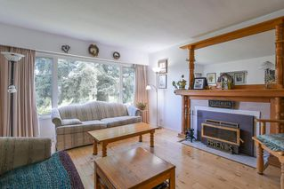 """Photo 5: 8633 10TH AVE. Avenue in Burnaby: The Crest House for sale in """"The Crest"""" (Burnaby East)  : MLS®# R2356569"""