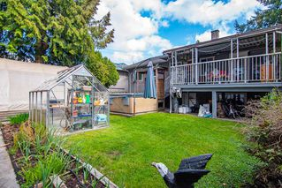 """Photo 19: 8633 10TH AVE. Avenue in Burnaby: The Crest House for sale in """"The Crest"""" (Burnaby East)  : MLS®# R2356569"""